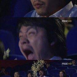 팝콘 빡침 영화관