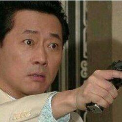 총 권총 전광렬 총쏘는 열받아 솔로 커플 공격 주고싶냐 눈빛 눈동자 표정