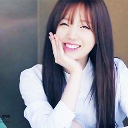 개이쁨 움짤 웃음 눈웃음 여자 눈빛 미소 예쁜 이쁜 연예인 걸그룹