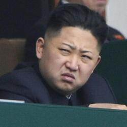 김정은 북한 표정 인상 찡그린 기분나쁜 짜증 뭐냐 저건 화남